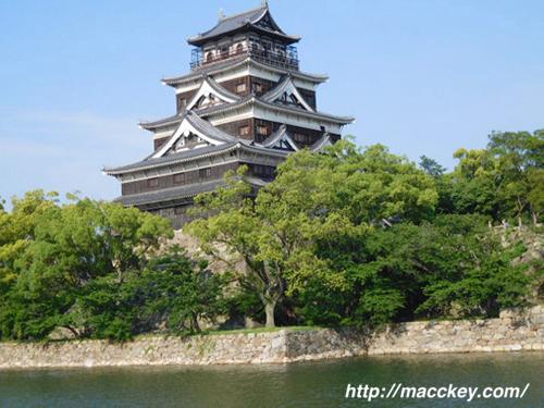 広島城ランニングコースから